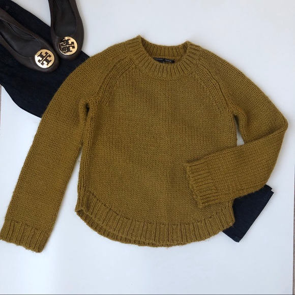 Theyskens' Theory Sweaters - Theyskens' Theory Yellow Knit Crop Sweater